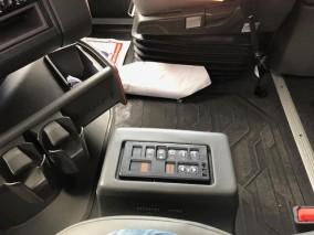 2019 VOLVO VNL 760 Highway Tractor
