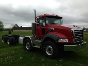 2019 MACK GU813 Granite Twin-Steer Mixer Straight Truck (Cab and Chassis)