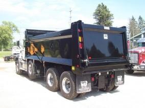 2019 MACK GR64B TRI-AXLE Dump Truck